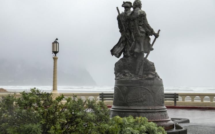 Turnaround Statue